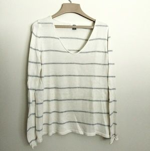 Old Navy | Grey & White Striped Sweater